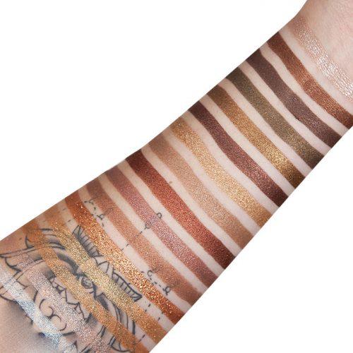 تست-رنگ-پالت-سایه-آی-هارت-رولوشن-شکلاتی-24k-گلد